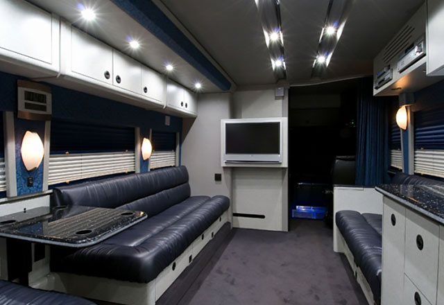 Entertainer Coaches For Lease Tour Bus Rental Deluxe